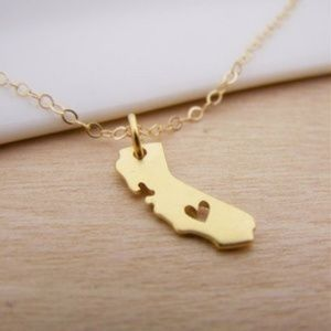 Jewelry - I Love California State Gold Heart Necklaces